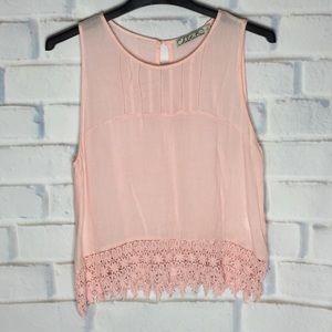 🍂Chloe K Pink Large Tank Top Crochet Hem